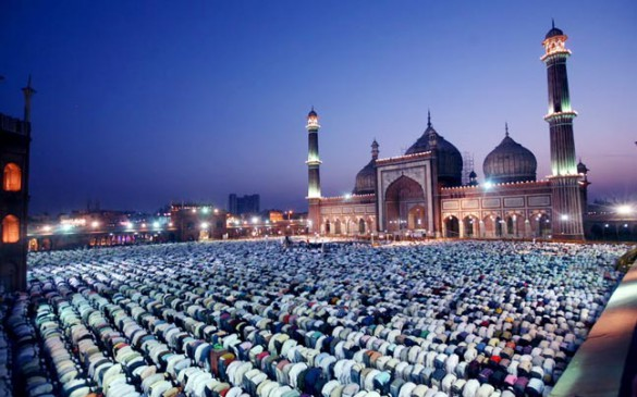 नहीं दिखा चांद, रमजान की शुरुआत रविवार से