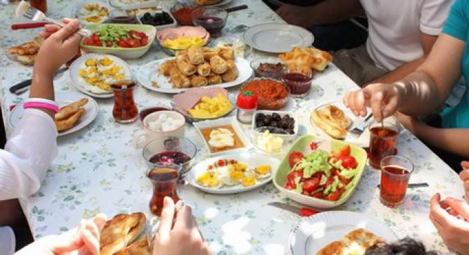 पूरे दिन एनर्जी से भरे रहेंगे, रमजान में अपनाएं ये आसान तरीके