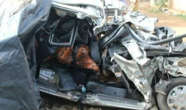 सिवनी में वाहन पलटने से चार घायल