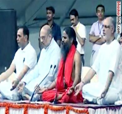 रामदेव के 'योगा शो' में रिकॉर्ड टूटने का दावा, गिनीज वाले गिनती में जुटे
