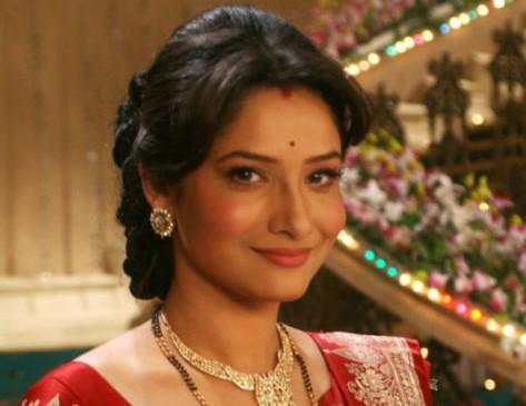 संजय दत्त के साथ रोमांस करेंगी अंकिता लोखंडे