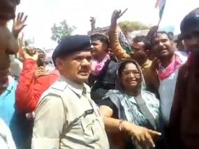 कांग्रेस विधायक शकुन्तला खटीक के खिलाफ गिरफ्तारी वारंट जारी
