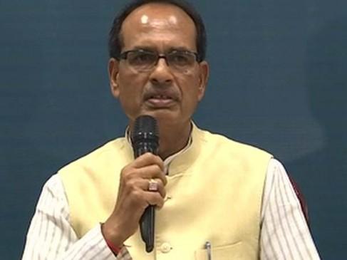 कर्ज माफी से CM का इंकार, शिवराज के सामने किसानों ने शुरू किया उपवास