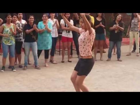 College girls dance video goes viral on Internet