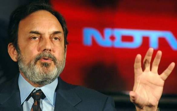 'मोदी सरकार की असलियत बताने वाले चैनलों को सीबीआई छापों से डरा रही है बीजेपी'
