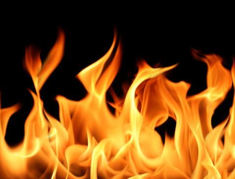 पटाखा फैक्ट्री में धमाका, 25 मरे, 7 घायल