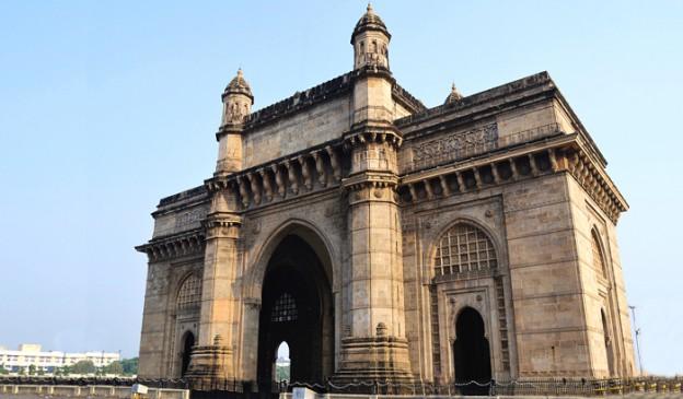 'गेटवे ऑफ इंडिया' का नाम 'भारतद्वार' करने की मांग