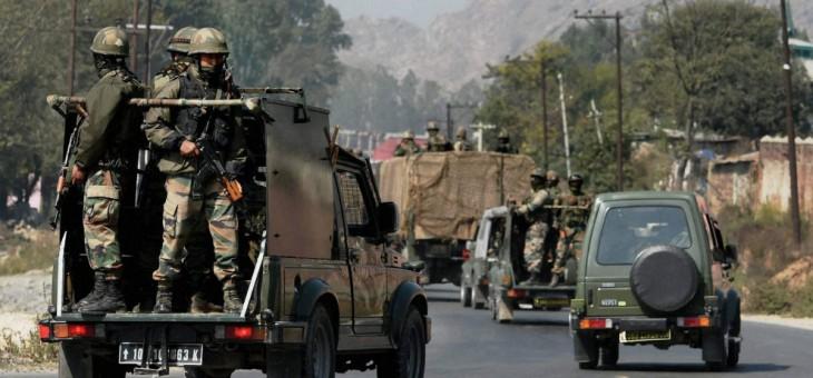 जम्मू कश्मीर : आर्मी के काफिले पर आतंकी हमला, 2 जवान शहीद, 5 घायल