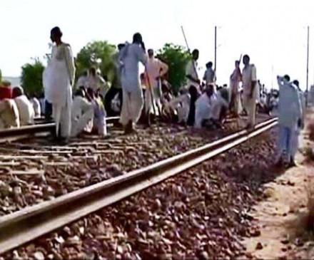 जाट आरक्षण : राजस्थान में जगह-जगह जाम, रेल मार्ग प्रभावित