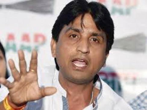 AAP में अंदरुनी कलह, अरविंद को विश्वास का समर्थन