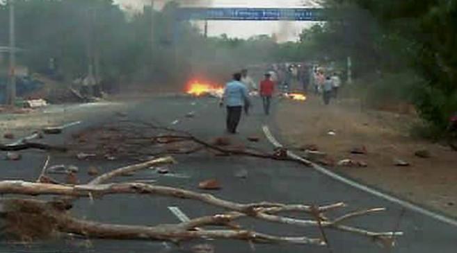 MP पुलिस ने पास से मारी थी किसानों को गोलियां : PM रिपोर्ट
