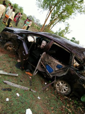 विदिशा सांसद पुत्र सहित 3 सड़क दुर्घटना में घायल, एक की मौत
