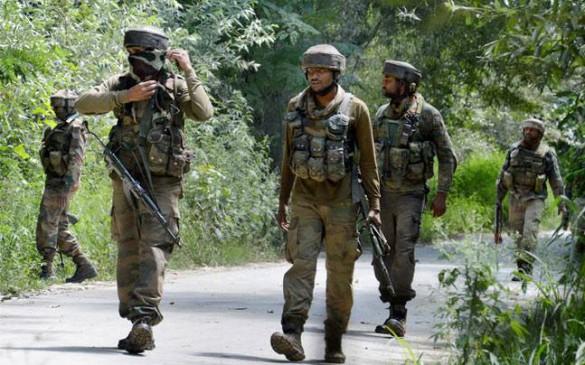 जम्मू-कश्मीर : सोपोर मुठभेड़ में दो आतंकी ढेर, तलाशी अभियान जारी