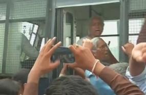 #Kisan आंदोलन : मंदसौर जा रहे योगेन्द्र यादव, मेधा पाटकर और अग्निवेश गिरफ्तार