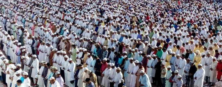 नागपुर : धूमधाम से मनाई जा रही बकरीद, लोगों ने पढ़ी विशेष नमाज