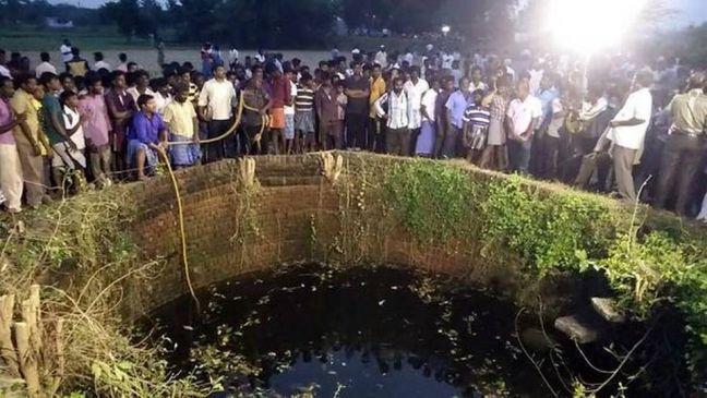 शिक्षकों की डांट से तंग आकर 11वीं की 4 छात्राओं ने कर ली आत्महत्या