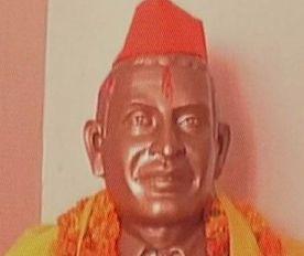 हिंदू महासभा की कांग्रेस को धमकी- गोडसे की मूर्ति हटी तो महात्मा गांधी की मूर्तियां तोड़ देंगे