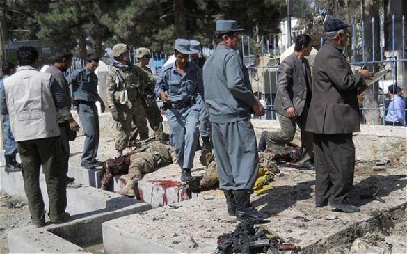 अफगानिस्तान में आत्मघाती हमला, 6 लोगों की मौत, 11 गंभीर घायल