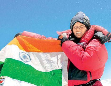 महाकाल के दर्शन में निकली पर्वतारोही अरुणिमा सिन्हा के आंसू पीएम को किया ट्वीट