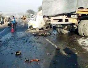 राजस्थान में भीषण सड़क हादसा, 11 की मौत, कई घायल