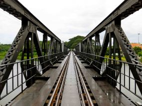 इंडियन रेलवे ने 100 साल पुराना पुल तोड़कर 7 घंटे मे बनाया, 100 की स्पीड से दौड़ेंगी ट्रेनें