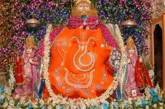 खजराना गणेश, दुनियाभर में प्रसिद्ध है ये तिल चतुर्थी की विशेष पूजा
