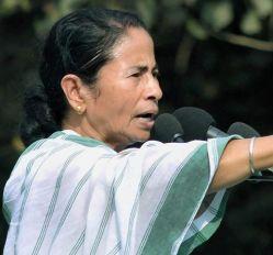 जो कुछ है, उसी से आगे बढ़ेंगे, केन्द्र से भीख नहीं मांगेंगे : ममता बनर्जी