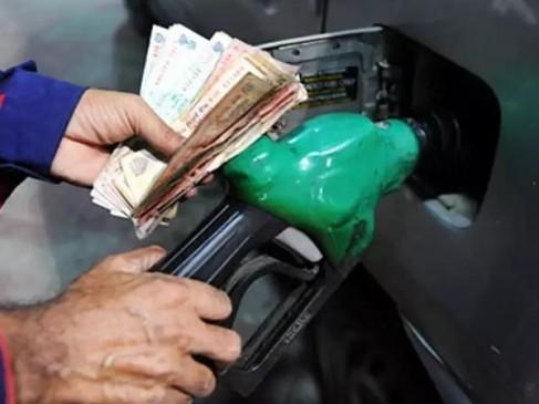11 दिनों में 1.42 रुपए सस्ता हुआ पेट्रोल, डीजल में 1.06 रुपए की कमी