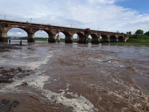 बालाघाट जिले में 120 मिलीमीटर वर्षा रिकॉर्ड, सिवनी में वैनगंगा उफान पर