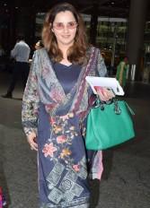 मुंबई एयरपोर्ट पर नजर आईं सानिया, पहली बार दिखा बेबी बंप
