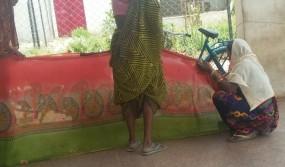 बस में बीच रस्ते में दिया बच्चे को जन्म, बाद में साइकिल और ऑटो से पहुंचे अस्पताल