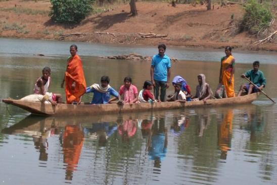 गड़चिरोली जिले के 42 गांवों का बारिश में टूट जाता है संपर्क, बाढ़ से बदहाल होते हालात
