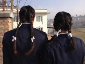 स्कूल का फरमान : छात्राएं पहनेंगी केवल व्हाइट और स्किन रंग के अंडर गारमेंट्स