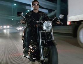 नीलाम हुई आर्नोल्ड की इस्तेमाल हुई Harley-Davidson