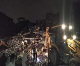 गाजियाबाद में इमारत गिरी,यूपी में बारिश से 24 घंटे में 20 से ज्यादा मौतें