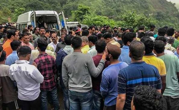 रायगढ़ बस हादसा : NDRF का ऑपरेशन खत्म, सभी 30 शव बाहर निकाले गए