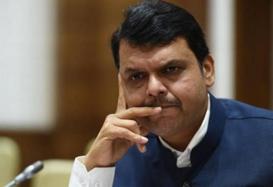 फडणवीस विधायकी मामला : CBI, चुनाव आयोग और गृह विभाग को भी प्रतिवादी बनाने की मांग
