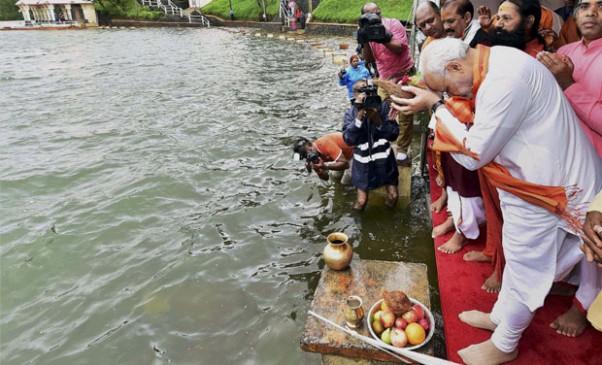 मोदी सरकार को नहीं पता, 3800 करोड़ में अब तक कितनी साफ हुई गंगा