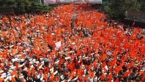 मराठा आंदोलन : एक रात में 185 लोग गिरफ्तार, संगठनों ने कहा- अब अनशन होगा