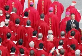 चर्च के पादरियों ने किया 1000 से ज्यादा लड़के-लड़कियों का यौन शोषण: रिपोर्ट