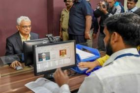 भारत के मुख्य चुनाव आयुक्त ओपी रावत ने भोपाल में बनवाया अपना ड्राईविंग लायसेंस
