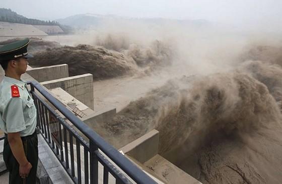 ब्रह्मपुत्र नदी में उफान के कारण असम में बाढ़ का खतरा, चीन ने भारत सरकार को चेताया
