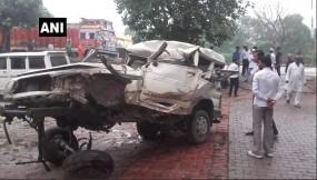 यूपी : जौनपुर सड़क दुर्घटना में 5 श्रद्धालुओं की मौत, 8 घायल
