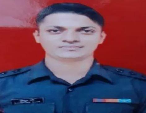 कश्मीर में शहीद हुए मेजर कौस्तुभ के पिता ने कहा- बेटे की शहादत पर है गर्व