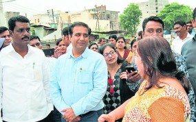 इंदौर से सफाई के टिप्स लेकर पहुंची NMC की टीम, नागपुर की स्मार्ट वॉच की तारीफ
