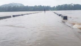 गड़चिरोली केपर्लकोटा नदी में बाढ़ से100 गांवों का संपर्कटूटा, भामरागड़-आलापल्ली मुख्य मार्ग पर बंद
