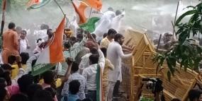 पुलिस लाठी चार्ज में कांग्रेसी नेता घायल, भारत बचाओ जनआंदोलन में बोला सरकार पर हमला