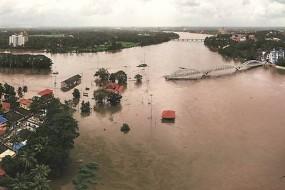 केरल बाढ़ : स्कूली बच्चों नेचाय बेचकर जुटाए 51 हजार, ट्रेडमार्क उल्लंघन की दोषी कंपनी भी देगी डेढ़ करोड़