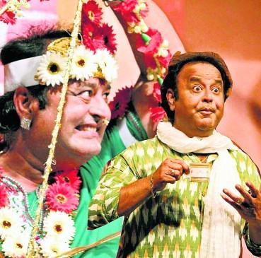 रंगमंच पर लोगों को हंसाना आसान नहीं, कैरेक्टर को रखना पड़ता है परफेक्ट