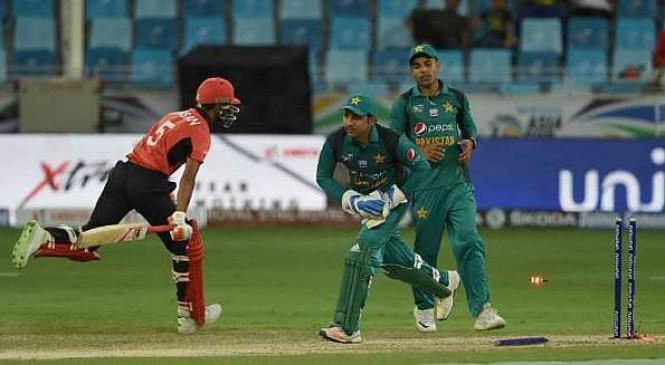 Asia Cup 2018: पाकिस्तान ने हांगकांग को हराकर टूर्नामेंट में जीत से किया अपना अभियान शुरू